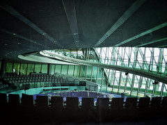 Hiatus (Douguerreotype) Tags: uk gb britain british england london architecture buildings politics cityhall seats chairs spiral helix staircase glass modern city urban