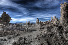 Mono Lake (Sunset Dogs) Tags:
