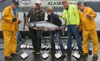 Alaska Salmon Fishing Lodge - Luxury 37