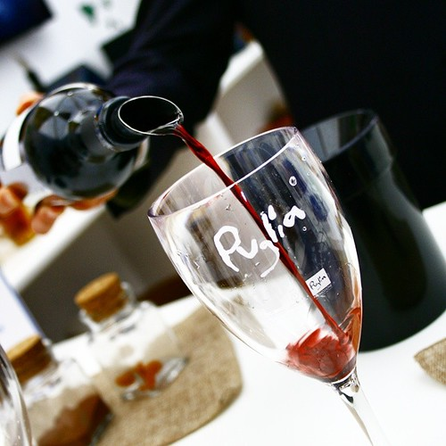 Wine Tasting al Roadshow di #weareinpuglia a Dublino!