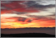 Amanecer de enero (Guervs) Tags: winter espaa mountains clouds sunrise landscape andaluca spain january paisaje enero amanecer nubes invierno jan montaas beda