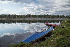 Rogen Nature Reserve (qitsuk) Tags: cloud lake weather clouds landscape kayak sweden schweden canoe shore kayaking canoeing watersports scandinavia klepper rogen foldingkayak jämtlandslän foldingboat gränselandet rogennaturereserve