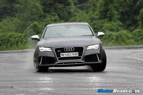 2014-Audi-RS7-37