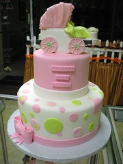 DSCN5287 (Angel Contreras) Tags: birthday wedding white cute yellow cake pretty chocolate pastel weddingcake boda bonito cream bayarea elegant cumpleaños crema elegante fondant buttercream concordca pasteldeboda angelcontreras
