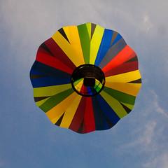 (sdj~photos) Tags: hot beautiful balloons air wizardofoz hotairballoons airships sleepinggiants metamoraballoonfestival metamorami beautifulairships