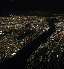 2014_08_16-17_ewr-lhr_22 (dsearls) Tags: city urban white newyork black skyline brooklyn night lights flying manhattan aviation aerial queens eastriver hudsonriver windowseat windowshot anthropocene 20140816 2014081617