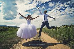Happiness (Noval Goya) Tags: wedding sky cloud happy nikon dress country happiness lovers fx ultrawide ruha eskv turnsole d600 napraforg vidk gbolt boldog ugrs hzassg jegyespr plighted