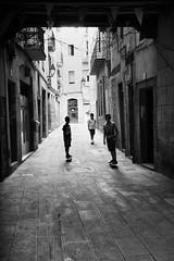 Barca street ( explored) (Rien van Voorst) Tags: streetphotography straatfotografie strasenfotografie fotografíacallejera photographiederue blackandwhite urban city barcelona spain