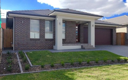 House with Attached 2 bedroom Granny flat, Gregory Hills NSW