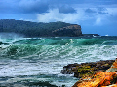 sml-fhdr-DSCN0213 (elphweb) Tags: roughseas roughsea ocean nsw australia sea water waves breakers storm coast coastal falsehdr fhdr bigwaves bigsurf surf foam mist