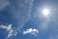 (gmaugeri1992) Tags: sun morning rise down sole mattina nuvole clouds nature natura sky cielo ottiche luce summer beautiful sicilia sicily italy italia nikon d3300 d50 etna quota