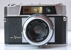 IMG_3099 (zaphad1) Tags: aires viscount 1959 rangefinder range finder 35mm film old manual camera f28 45cm 28 lens q coral aries