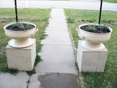 Planter-Tire _elegant_ShoestringPavilion_blogspot_com (DougBittinger) Tags: