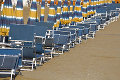 rimini 2014 (giobbe pablito) Tags: blue sea italy beach yellow mare rimini giallo umbrellas colori ombrelloni spiaggia 2014 slantwise obliquamente