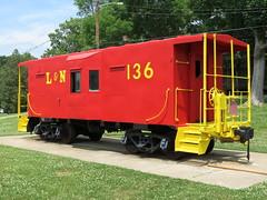 L&N 136 at Red Caboose Park - Bellevue, TN (SeeMidTN.com (aka Brent)) Tags: train tn nashville tennessee caboose bellevue 136 ln redcaboosepark bmok