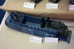 US navy LCM 3 & M4 Sherman (54 Ford Customline) Tags: usa american 135 landingcraft dday m4 sherman scalemodels m4sherman militarymodels lcm3 wadingsherman