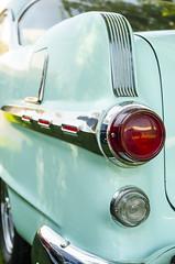 Stubby fin Poncho (GmanViz) Tags: color detail car automobile fender chrome pontiac 1956 trim taillight tailfin gmanviz goodguysppgnationals