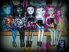 Twilight Teens (Sarah Darwin) Tags: topv555 doll simba pantheria snaky articulateddoll zombia ghostilla twilightteens twilightteen voodoona nemonia twilightteenz