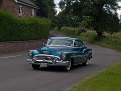 VSU 552  1953  Buick Rivier V8 (wheelsnwings2007/Mike) Tags: park stars buick cheshire stripes v8 1953 tatton vsu 552 2014 rivier