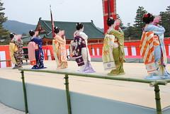 Heian Jingu dedication dance (Blue_no_shashin) Tags: kyoto maiko geisha