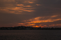 Öckerö - Hönö (Explore) (Rudi Pauwels) Tags: sunset orange silhouette clouds göteborg nikon sweden schweden gothenburg silhouettes sigma sverige hönö sigma1850mm öckerö d7100 lillavarholmen nikond7100
