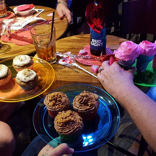 Cupcakes from Heidi, me, and Helena