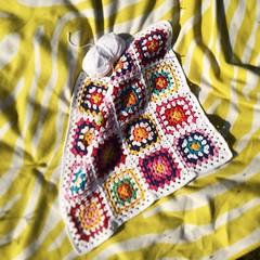 Crochet break (*Mirre*) Tags: love wool square colorful break bright handmade crochet yarn cotton squareformat blanket afghan hip granny cushion throw grannysquare grannies hooked haken madewithlove kisskus iphoneography instagramapp uploaded:by=instagram