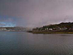 harr (pamelaadam) Tags: sea digital scotland spring meetup may fotolog highland 2008 lochinver thebiggestgroup