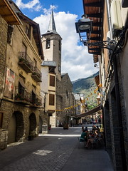 Esterri d'Àneu (Luis Pérez Contreras) Tags: de spain olympus catalunya pyrenees omd pirineos pirineus lleida pirineo pirineu pallars sobirà m43 lérida esterri dàneu aneu