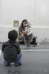 (gvanessaruiz) Tags: calle arte nios artistas musica cordoba nio cba muecos artista callejero atencion titeres cantar plazasanmartin rgentina callejeros centrocordoba