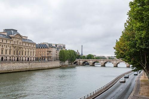 Pont Neuf et Tour Eiffel