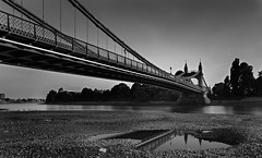 _MGL3605 (nicolas casana) Tags: uk longexposure seascape monochrome skyline landscape hammersmithbridge blackandwhitephotography londonist outdoorphotography nationalgeography timeoutlondon