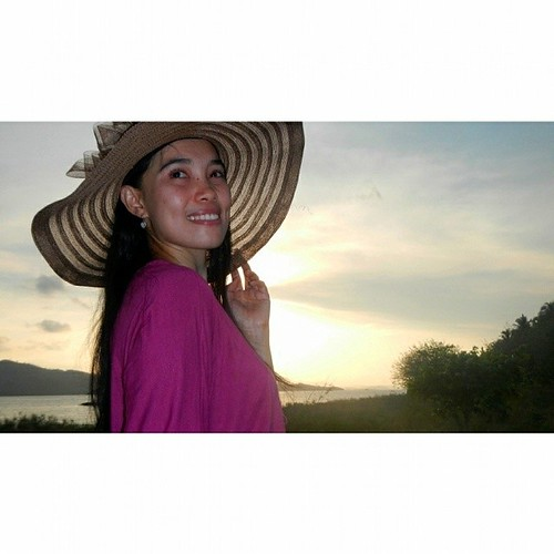 GILI NANGGU SERIES  ANOTHER TAKE AT SUNSET at Gili Tangkong Island, Sekotong, West Lombok, NTB, INDONESIA   #love #TagForLikes #TFLers #likesforlikes #explorelombok #lomboknesia #lombok #ilovelombok #lombokkita #contestgram #instabpn @instabpn #instamarin