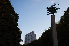 Pegasus and Kronprinsen (Håkan Dahlström) Tags: park art se skåne sweden pegasus creative commons cc cropped sverige f80 malmö 2014 slottsparken kronprinsen skånelän gamlastaden canoneos5dmarkii ¹⁄₂₅₀sek ef2880mmf284lusm 6319082014183934