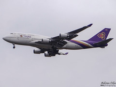 Thai Airways International --- Boeing B747-400 --- HS-TGG (Drinu C) Tags: plane heathrow aircraft sony boeing dsc 747 lhr egll thaiairwaysinternational hstgg hx100v adrianciliaphotography