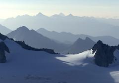 Chamonix, massif du Mont-Blanc, valle Blanche (Ytierny) Tags: france horizontal alpes glacier piton neige midi chamonix montblanc alpinisme hautesavoie valleblanche sommet aiguille et paroi italiennes massifdumontblanc hautemontagne alpesdunord ytierny