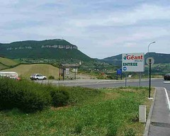 mot-2002-riviere-sur-tarn-geant-car-park1_750x600