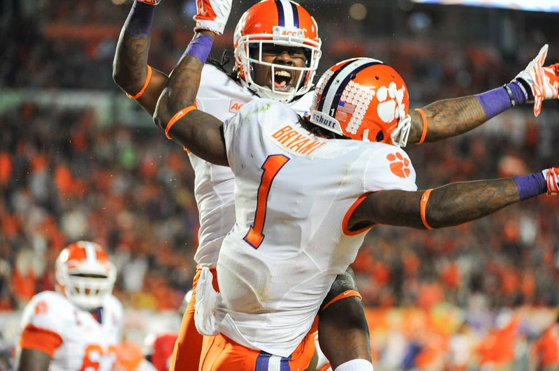 Photos - Tag [value=2014, count=0], Tag [value=bowlgame, count=0], Tag [value=football, count=0], Tag [value=martavisbryant, count=0], Tag [value=ohiostate, count=0], Tag [value=sammywatkins, count=0]