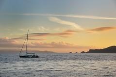Croisière / Cruise (patoche21) Tags: sea mer france boat twilight nikon mediterranean yacht bateau crépuscule 83 var voilier méditerranée d300 porquerolles 18200mm paysagemarin capturenx2 patrickbouchenard