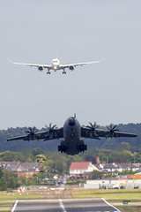 Airbus A400M rotates as A350 is on finals. (Crustyfur) Tags: farnborough airbud a350 a400m