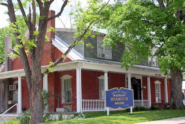 Nathan Brandon House - Dover, TN