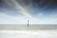 Marker (Simon Boxall) Tags: longexposure sea seascape water coast suffolk fuji finepix marker fujifilm southwold x100