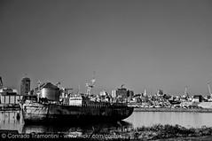 Porto de Montevideo (Conrado Tramontini (Conras)) Tags: old sea skyline port uruguay harbor pier boat mar barco ship porto montevideo wreckage velho seaport navio cityline uruguai destroos