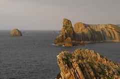 Cliffs - Liencres (Trotaparamos) Tags: coast pentax cliffs cantabria k50 liencres