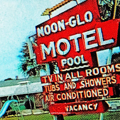 Noon-Glo_Motel (Dutch Design Photography) Tags: blue red vacation people sun holiday art pool digital swimming umbrella print hotel vakantie foto bright fine motel pop warhol plaatje tafereel