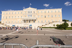 The Greek parliament in Athens (George Pachantouris) Tags: summer guard athens greece unknown monumnet solider honorary syntagma tsolias