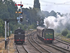 Great Central Railway Swithland Leicestershire 14th September 2014 (loose_grip_99) Tags: uk railroad england train tank leicestershire box south engine rail railway trains steam september signals locomotive mic aylesbury signal railways gnr joint loughborough semaphore 260 swithland 2014 lms n2 greatcentral britishrailways lner 1744 greatwestern sidings ivatt 46521 2mt driverexperience 062t gcgw