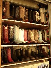 Camperos. (erica.zoe) Tags: mer de la boots maries saintes camperos