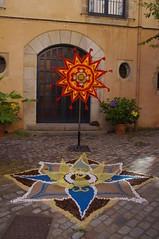 Handmade Flower (b16dyr) Tags: spain girona flowerfestival floralart tempsdeflors tempsdeflors2014