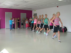 """zomerspelen 2013 hiphop clinic • <a style=""""font-size:0.8em;"""" href=""""http://www.flickr.com/photos/125345099@N08/14220592268/"""" target=""""_blank"""">View on Flickr</a>"""